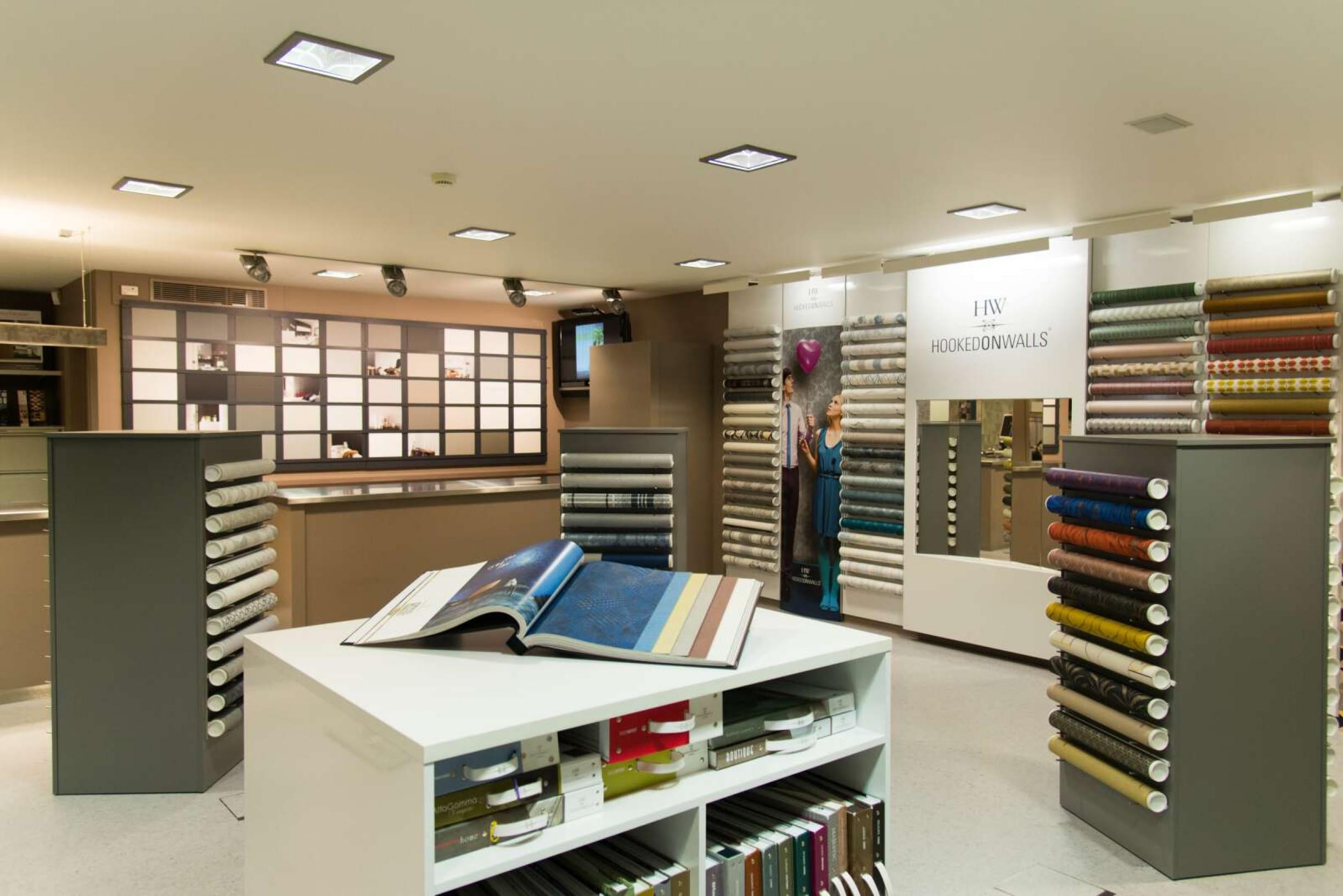showroom-main